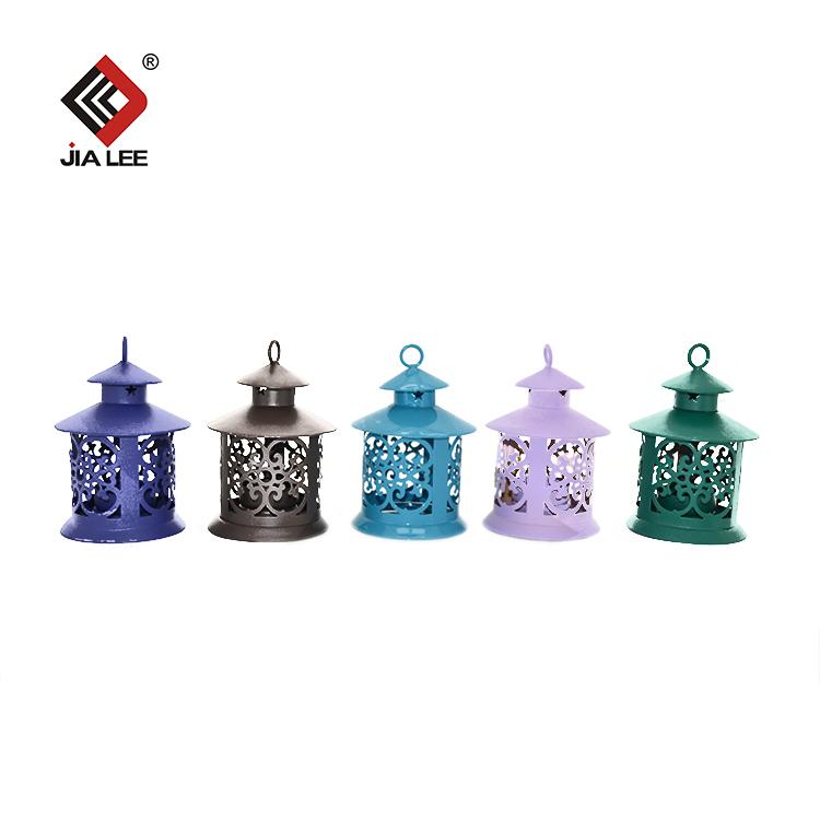 Européenne chandelier Grand fer bougeoirs en métal avec mini bougeoirs