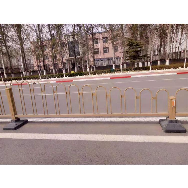 Высокая интенсивность Q235 Q345 оцинкованная сталь Материал обеспечение моста безопасности дорожного движения шоссе барьер ограждения