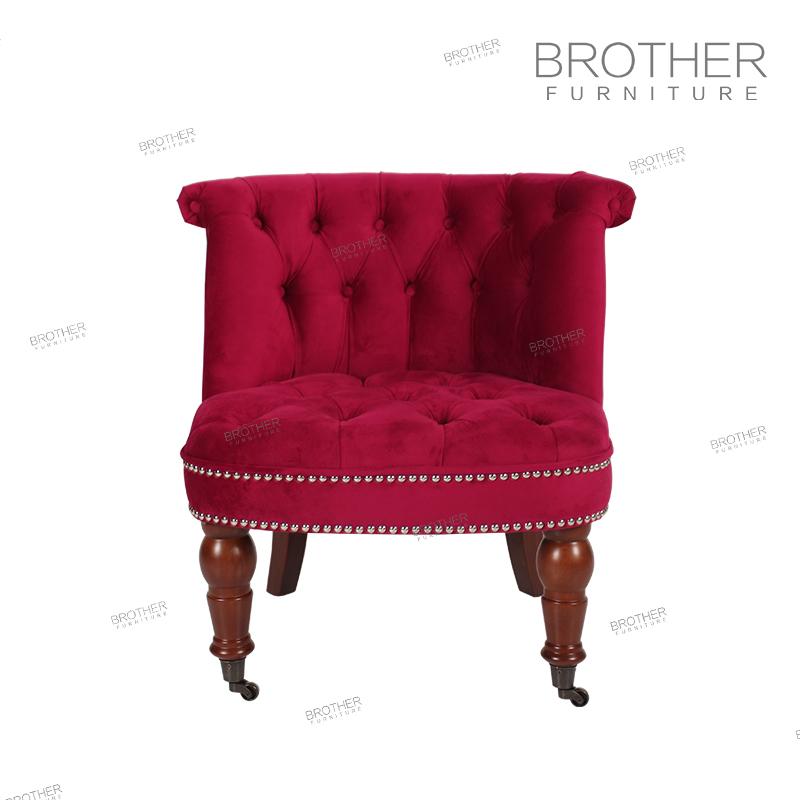 Frente a las patas de la silla con rodillos alta sillas de sala/brazos Silla de acento