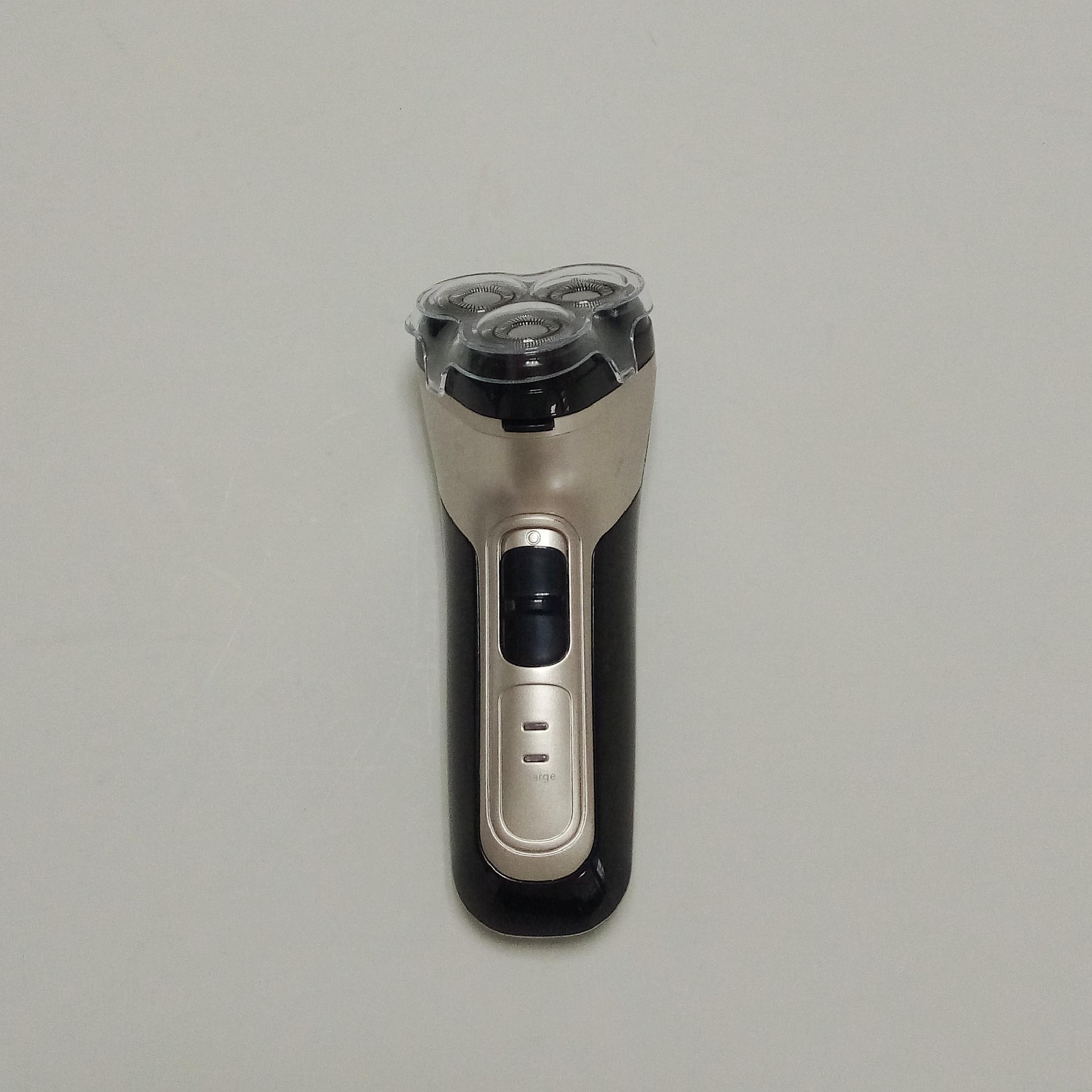プロフェッショナル電気シェーバー充電式男性使用