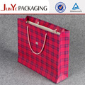 reutilizables die cut la decoración hecha a mano bolsas de papel para personalizado de regalo de lujo bolsos