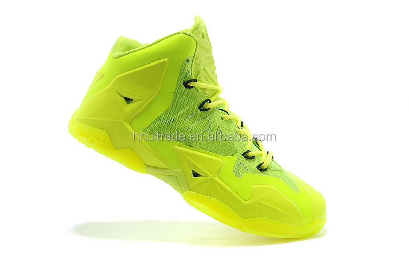 Low white basketball shoes and boot 2014 Super leather basketball boot white and blue stylish Clear sports boot for baksetball