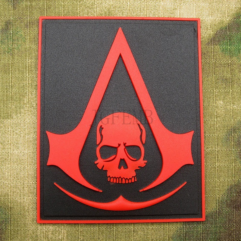 Красный кредо убийцы череп меч тактический мораль 3D пвх липучка патч B1382