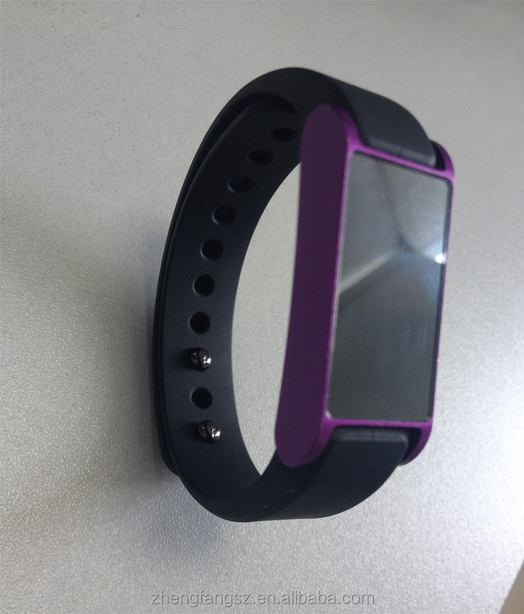 2014 new Sport bracelet bluetooth watch with water proof pedometer,calorie,sleep monitor,odometer function