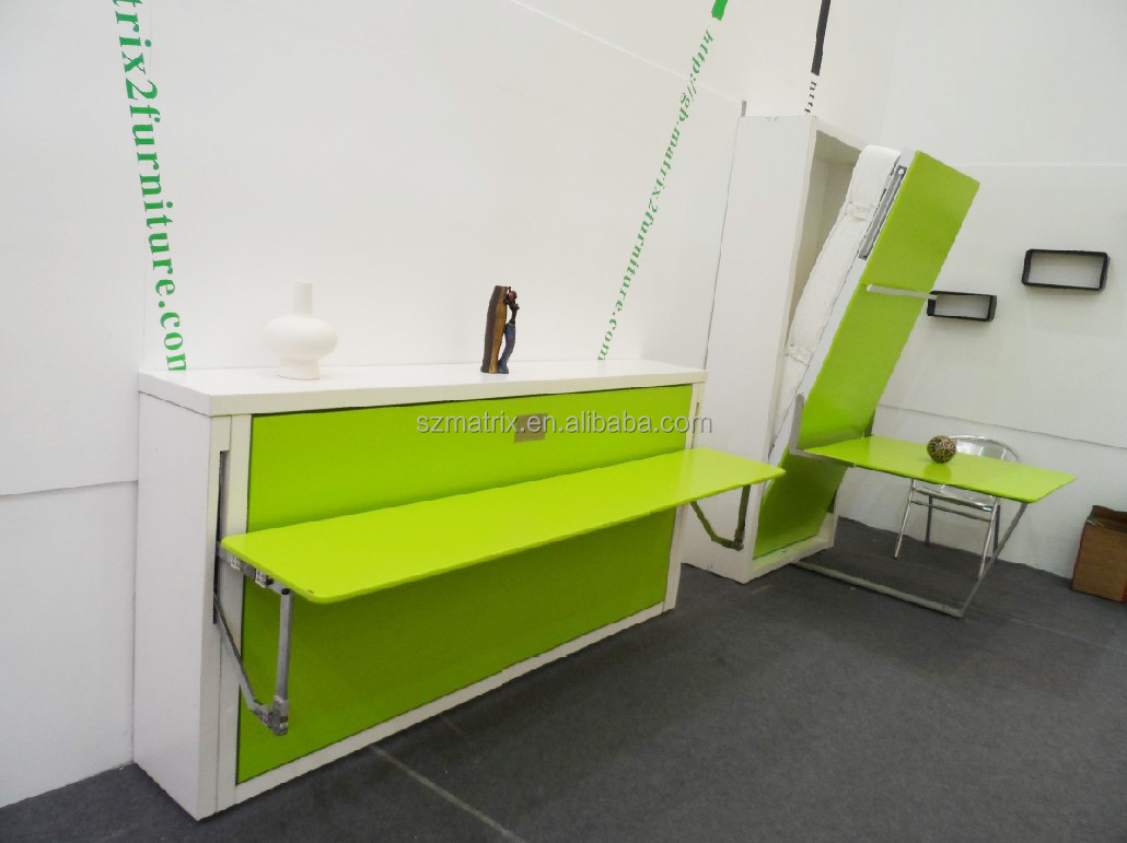 Ruimtebesparende horizontale muur bed met computer tafel, pull ...
