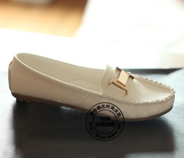Женская обувь на плоской подошве ,