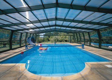Use in swimming pool wall temperd glass laminated glass for Indoor pool with retractable roof