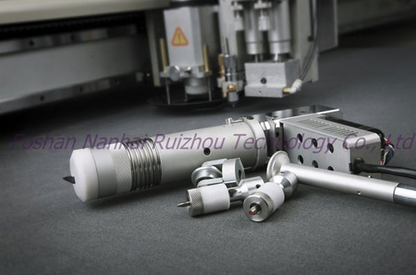 natural leather cutting machine by vibrating knife for shoes