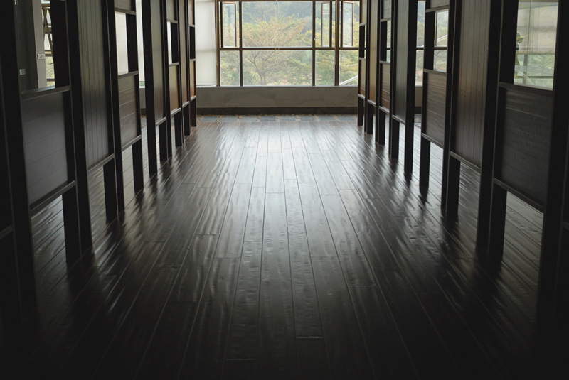 Multi-species Parquet Wood Flooring With Hand-scraped Surface