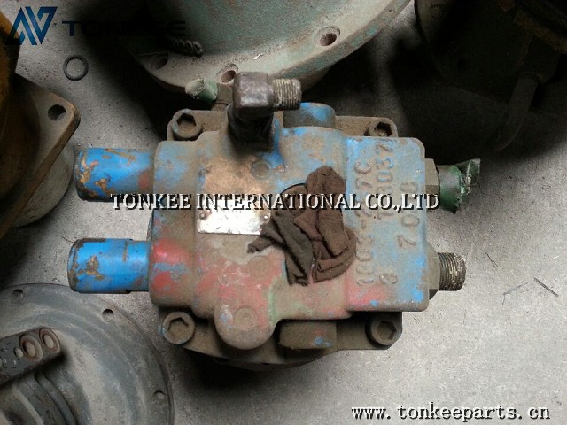 S265 SWING MOTOR WITHOUT GEARBOX.jpg