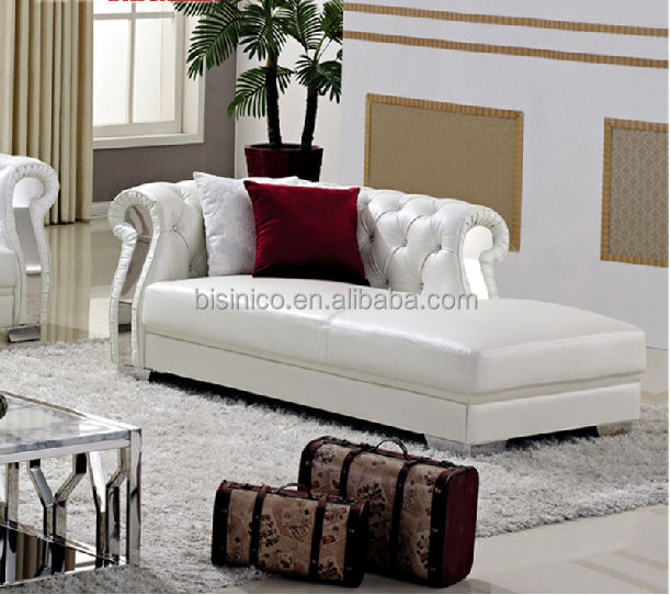 Chesterfield sofá de couro branco puro, mesa de café, mobília da ...