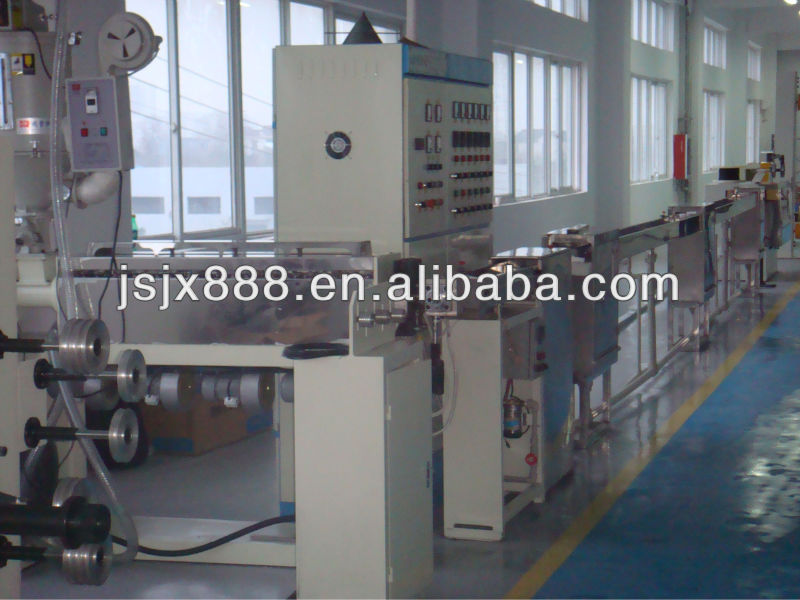 Plastic Extrusion machine for wires and cables making.