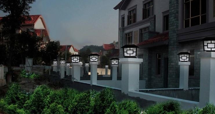 Solar Powered LED Fence Lights Outdoor Wall Garden Door