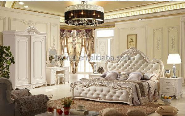Camere da letto lusso interni luminosi camera padronale con bagno di lusso vista dal letto con - Camere da letto di lusso ...