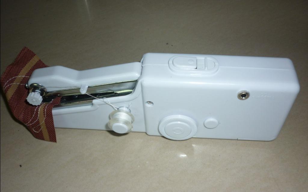 Manuale mini macchina da cucire portatile punto a portata for Macchine per cucire portatili