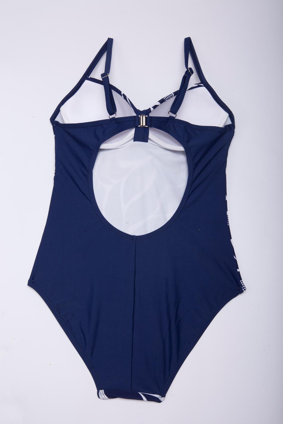 Закрытый женский купальник Fringe A1205