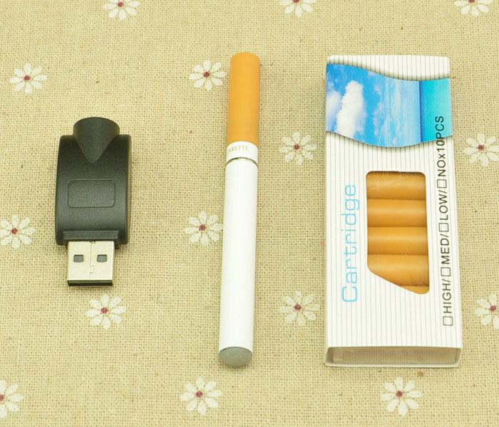 Электронные сигареты ( е-сигареты) – создан для того, чтобы помочь курильщикам уменьшить вред от курения и бросить курить. Устройство и выглядит как обычная сигарета, на самом деле оно вырабатывает не дым, а нагретый пар, содержащий никотин. Цена 580 руб