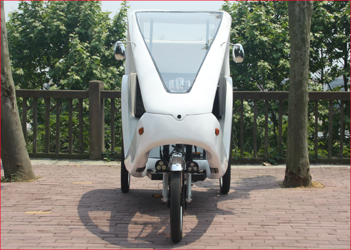 Adult Electric tricycle with passenger seat similar to German velo taxi, Adult tricycle