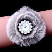 Luxury Feather Decoration Women Dress Watch Lady rhinestone wrist watches