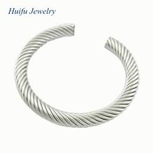 good at making steel alloy bangle