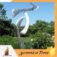2015 la date kinetic jardin sculpture