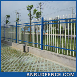 China Factory Garden Wrought Iron Cheap Metal Angle Iron Fence Posts Panel