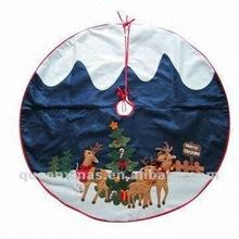 Reindeer Design Christmas Tree Skirt