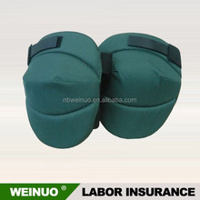 Flexible knee pads for hiking