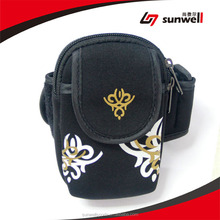 Alibaba Express Weighted Arm Bag Factory Price Customized Soccer Captain Arm Bag
