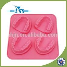 hot selling silicone ice cube tray with lid