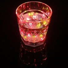 2015 New Mini LED Flashing Plastic Wine Cup for Bar and Parties Club