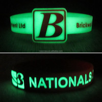 Business Gift Use and Glow in the dark,Debossed,Embossed,Printed,ect. Technique Glow In The Dark Silicone bracelet