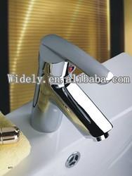 Kitchen water purifier equipment foe healthy family.
