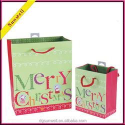 Manufacturer Christmas paper bag hot gift bag raw material of paper bag