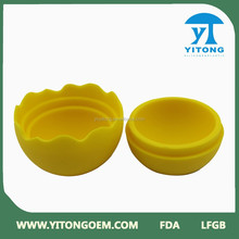 2015 China good supplier Yellow silicone ball shaped ice cube tray
