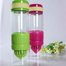 500ml glassware factory BPA free custom logo glass lemon juicer fruit infuser outdoor travel sport drinking glass juice bottle