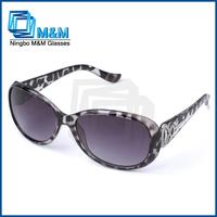 Elegant And Fashionable Sunglasses Of Peace