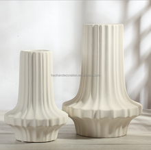 light weight mini ceramic flower pots with vertical glazed color