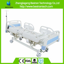 China BT-AE102 3-function electric motor hospital patient bed with ABS side rails and silent wheels