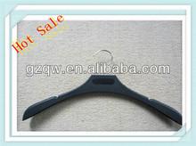 la parte superior de la fabricación de plástico suspensión de ropa hecha en china
