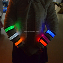 Hot new LED slap wristband flashing LED wholesale party wristband outdoor sports wristband glow in dark