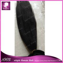 Venta al por mayor moda trama brasileña del pelo nudos blanqueados vertiendo libremente enredos recta curl