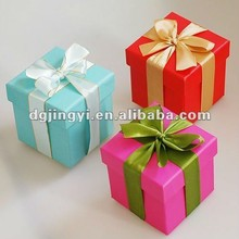 Colorful wrapping paper storage box/boxes for packing strawberry for hot sale