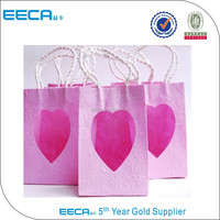 Wedding gift recycled shopping paper bag with heart shape window made in China