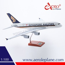 1/100 A380 Singapore Airlines Model Plane