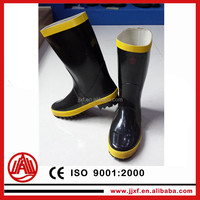 fire resistance rubber material safety boots with steel toe From Factory