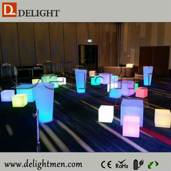 Wholesale RGB color changing illuminated rechargeable mobile portable led retail price cubes for home