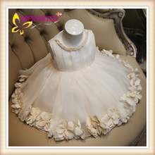 2015 Custom Made Simple Modern Cheap Wedding Dresses For girls