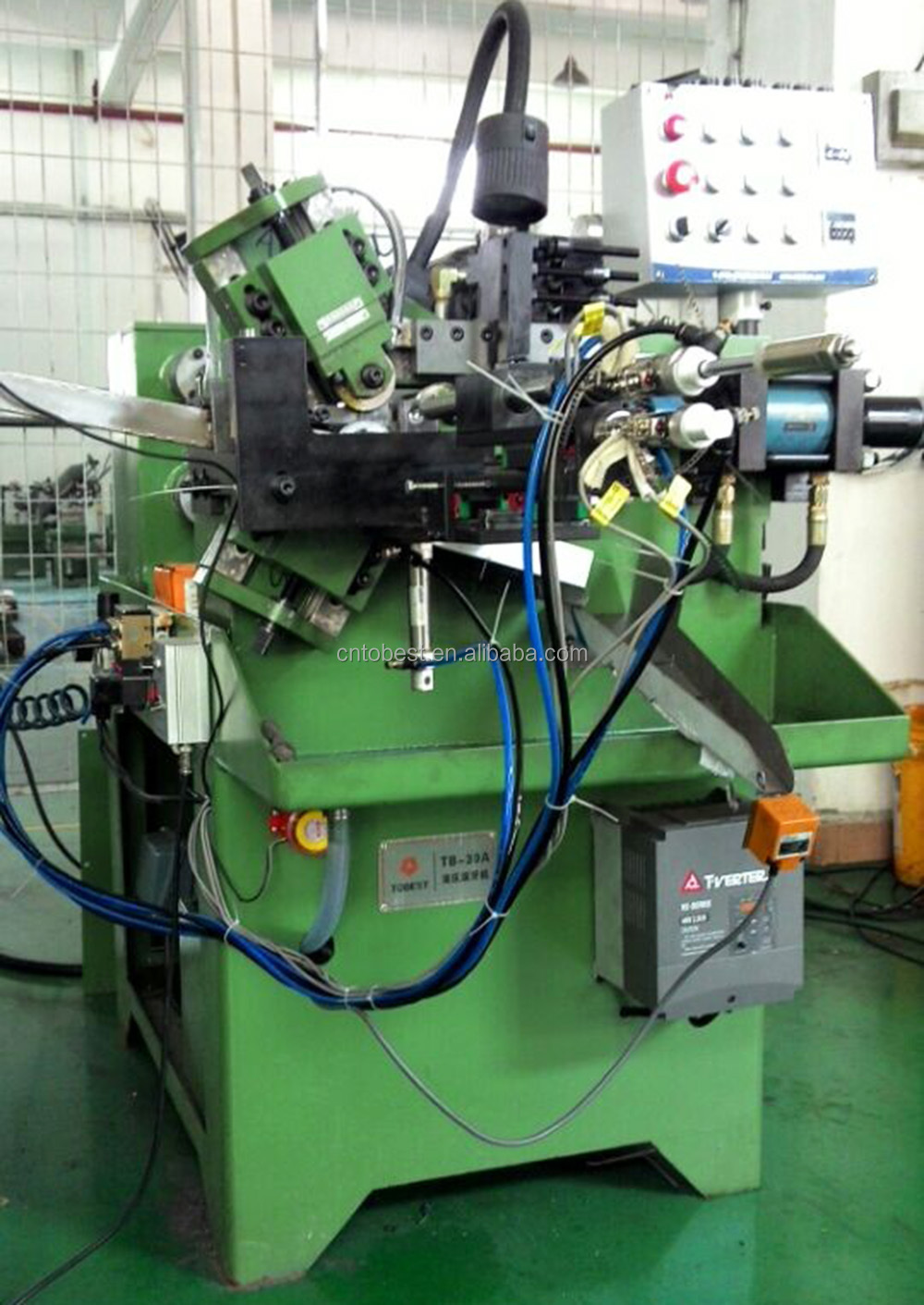 automatic feeding thread rolling machines.jpg