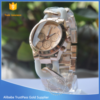 2015 latest promotion fashion vogue quartz wrist watch for women